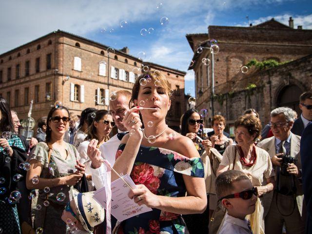 Le mariage de Oliver et Aude à Larroque , Tarn 47