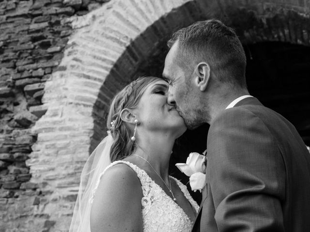 Le mariage de Oliver et Aude à Larroque , Tarn 57