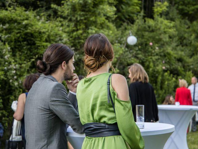 Le mariage de Oliver et Aude à Larroque , Tarn 63