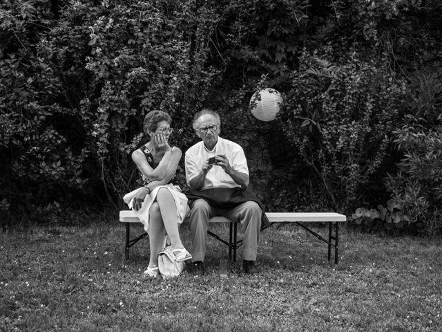 Le mariage de Oliver et Aude à Larroque , Tarn 64