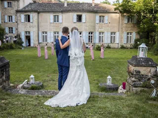 Le mariage de Oliver et Aude à Larroque , Tarn 70