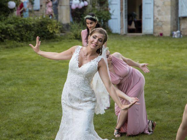 Le mariage de Oliver et Aude à Larroque , Tarn 74