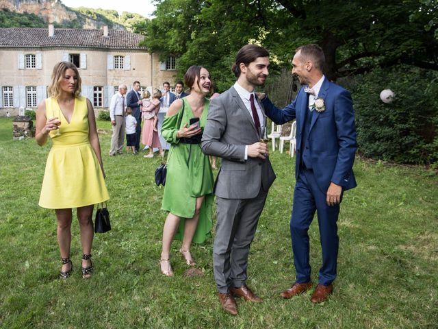 Le mariage de Oliver et Aude à Larroque , Tarn 81