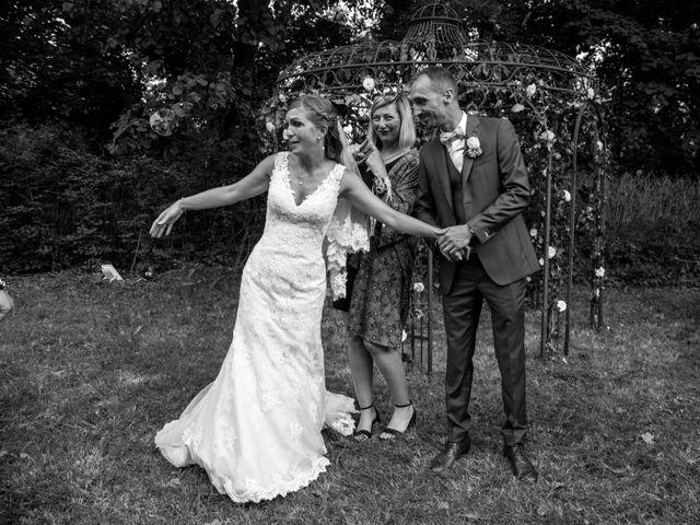 Le mariage de Oliver et Aude à Larroque , Tarn 83