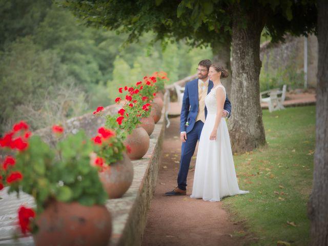 Le mariage de Christopher et Nora à Brullioles, Rhône 2