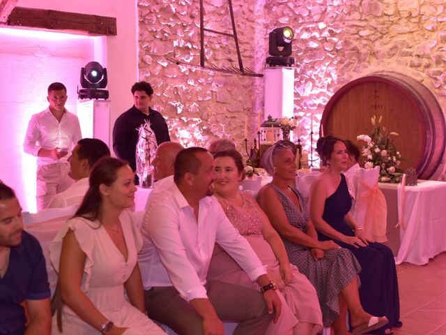 Le mariage de Cyril et Estelle à Boulbon, Bouches-du-Rhône 62