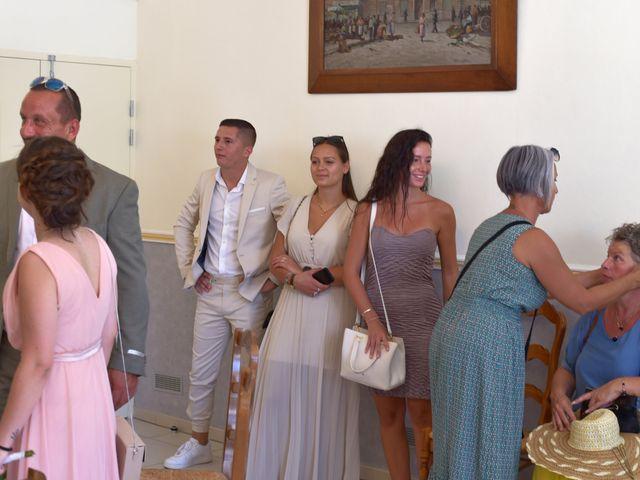 Le mariage de Cyril et Estelle à Boulbon, Bouches-du-Rhône 9