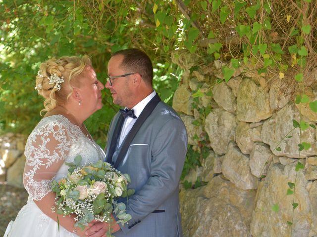 Le mariage de Cyril et Estelle à Boulbon, Bouches-du-Rhône 19