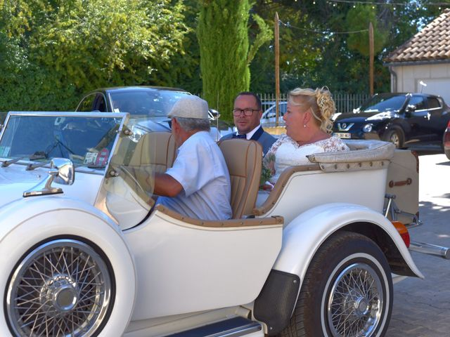 Le mariage de Cyril et Estelle à Boulbon, Bouches-du-Rhône 34