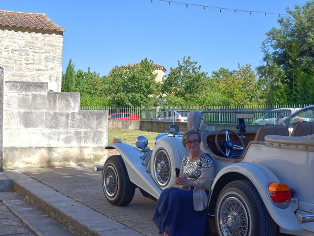 Le mariage de Cyril et Estelle à Boulbon, Bouches-du-Rhône 35