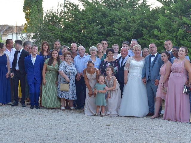 Le mariage de Cyril et Estelle à Boulbon, Bouches-du-Rhône 43