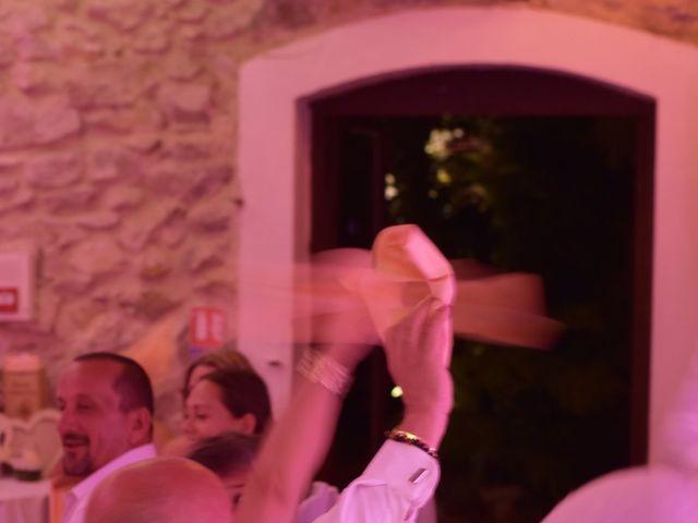 Le mariage de Cyril et Estelle à Boulbon, Bouches-du-Rhône 63