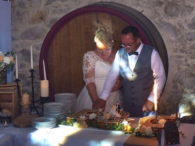 Le mariage de Cyril et Estelle à Boulbon, Bouches-du-Rhône 65