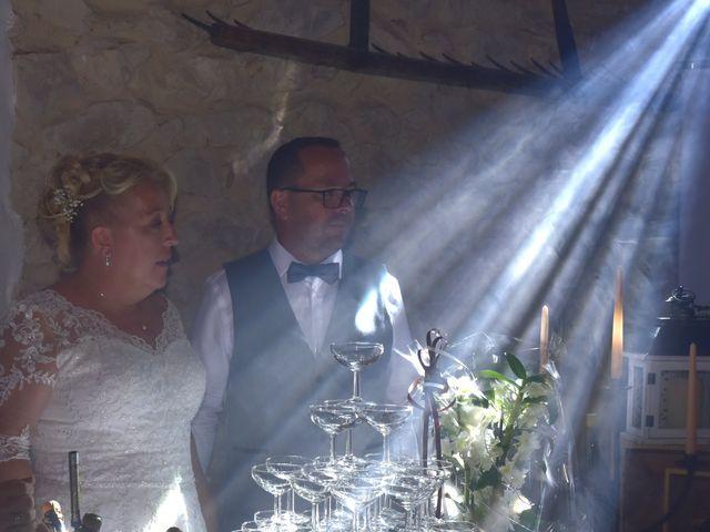 Le mariage de Cyril et Estelle à Boulbon, Bouches-du-Rhône 66