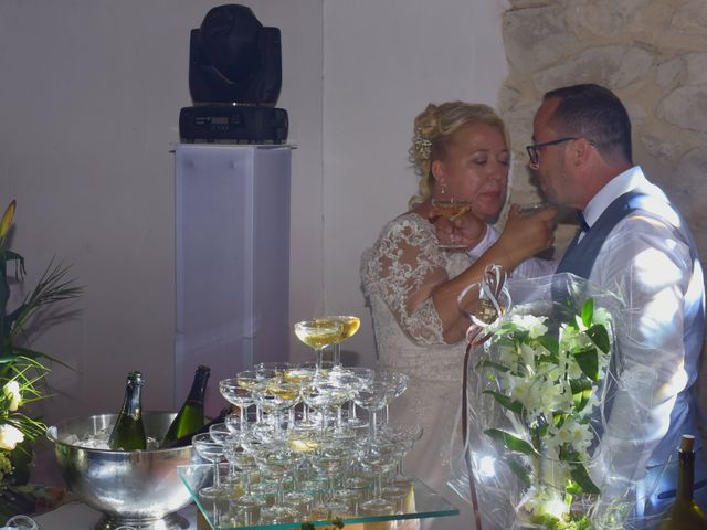 Le mariage de Cyril et Estelle à Boulbon, Bouches-du-Rhône 67