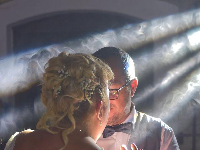 Le mariage de Cyril et Estelle à Boulbon, Bouches-du-Rhône 69