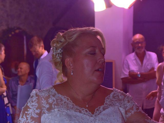 Le mariage de Cyril et Estelle à Boulbon, Bouches-du-Rhône 72