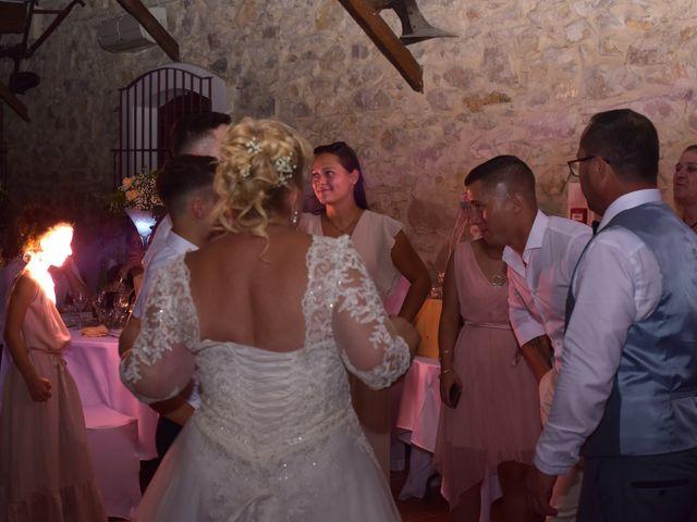 Le mariage de Cyril et Estelle à Boulbon, Bouches-du-Rhône 73