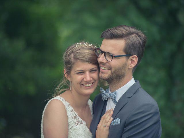 Le mariage de Olivier et Lili à Troyes, Aube 24