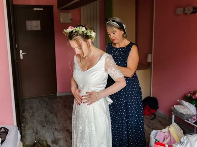 Le mariage de Léo et Elodie à Beaumont-le-Roger, Eure 8