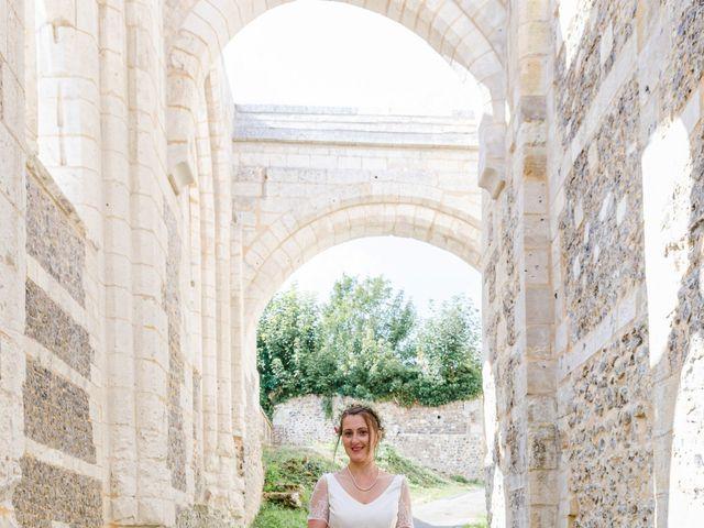 Le mariage de Léo et Elodie à Beaumont-le-Roger, Eure 14