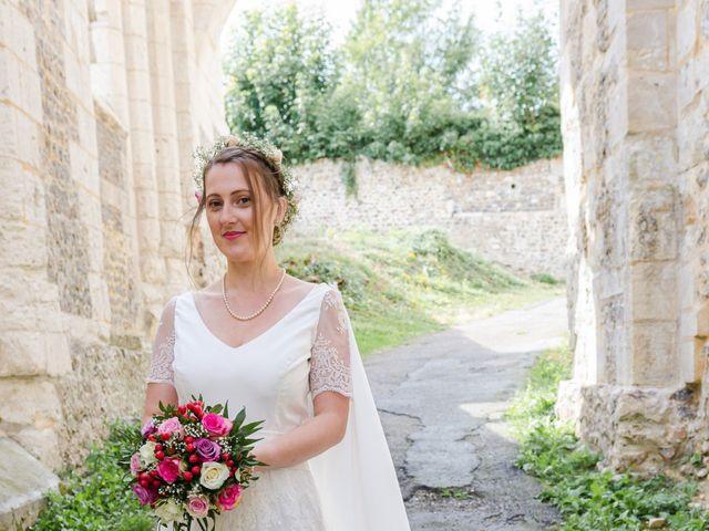 Le mariage de Léo et Elodie à Beaumont-le-Roger, Eure 15