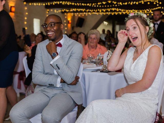 Le mariage de Léo et Elodie à Beaumont-le-Roger, Eure 24