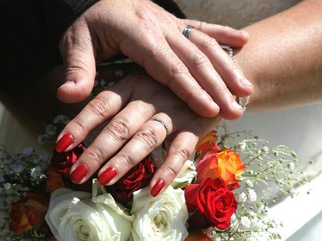 Le mariage de  Éric et Typhène à Narbonne, Aude 5