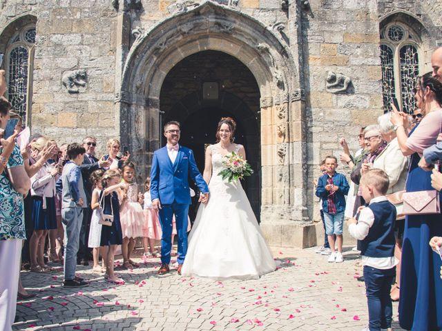 Le mariage de Olivier et Emmanuelle à Crozon, Finistère 17