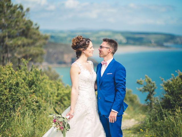 Le mariage de Olivier et Emmanuelle à Crozon, Finistère 18