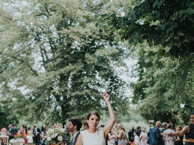 Le mariage de Adrien et Anne-Claire à Limoges, Haute-Vienne 33