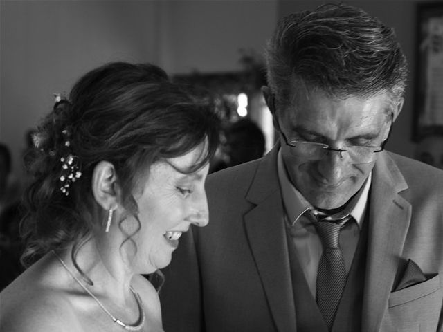 Le mariage de Hervé et Lise à Saint-Sernin, Ardèche 7