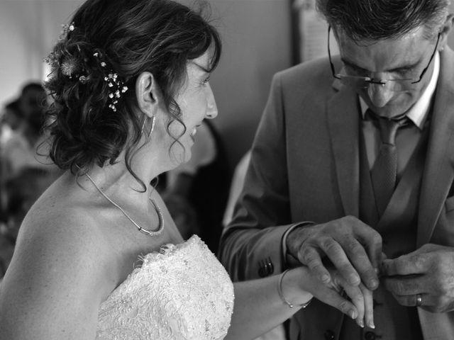 Le mariage de Hervé et Lise à Saint-Sernin, Ardèche 8