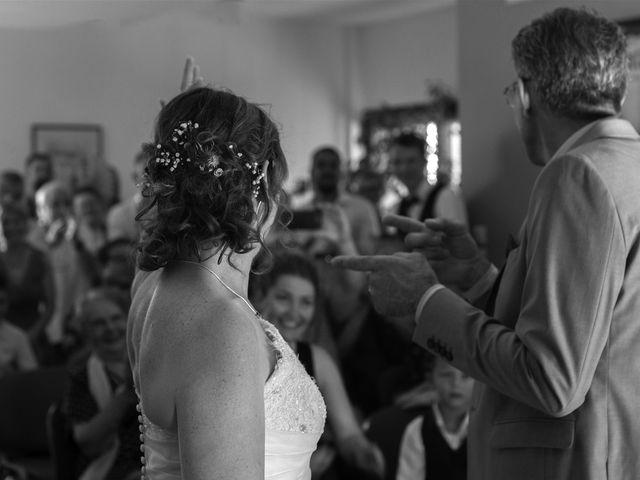 Le mariage de Hervé et Lise à Saint-Sernin, Ardèche 9