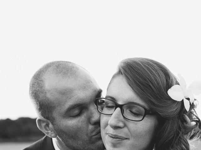 Le mariage de Léo et Mathilde à Moutiers-au-Perche, Orne 1