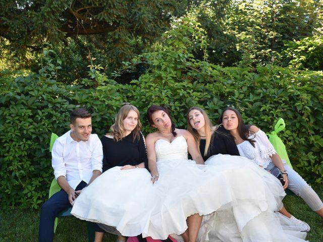 Le mariage de Fabrice et Laura à Sérignac-sur-Garonne, Lot-et-Garonne 51