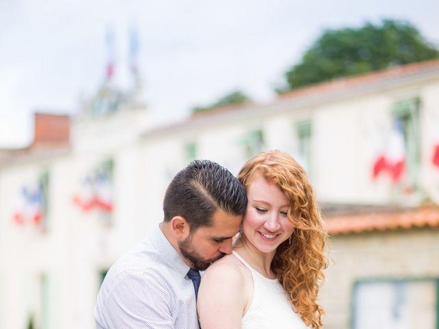 Le mariage de David et Isabel à Marans, Charente Maritime 3