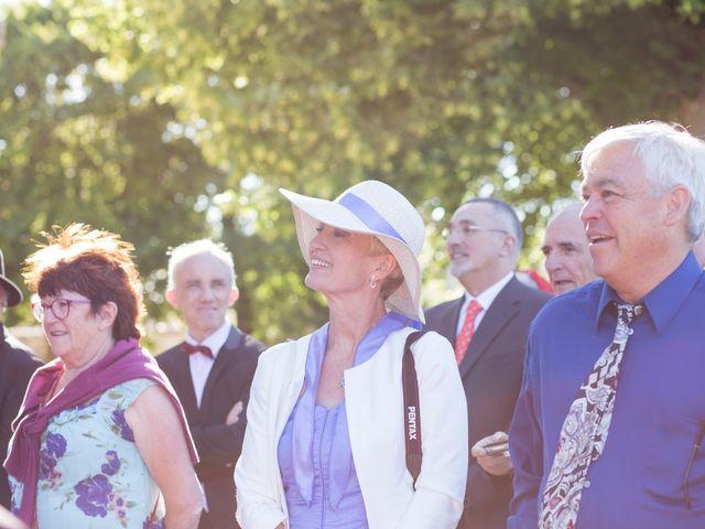 Le mariage de David et Isabel à Marans, Charente Maritime 109
