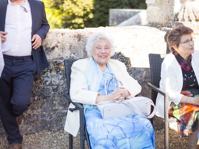 Le mariage de David et Isabel à Marans, Charente Maritime 128