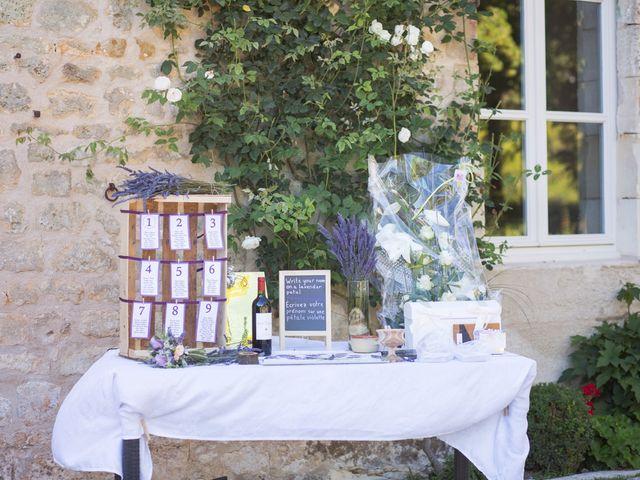 Le mariage de David et Isabel à Marans, Charente Maritime 130