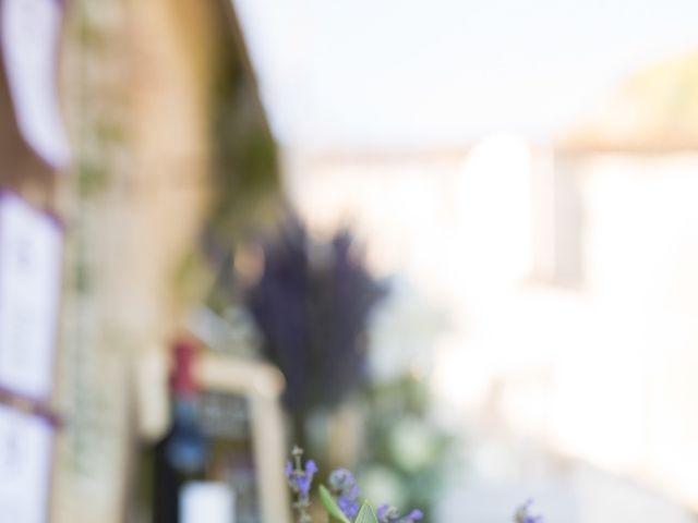 Le mariage de David et Isabel à Marans, Charente Maritime 135