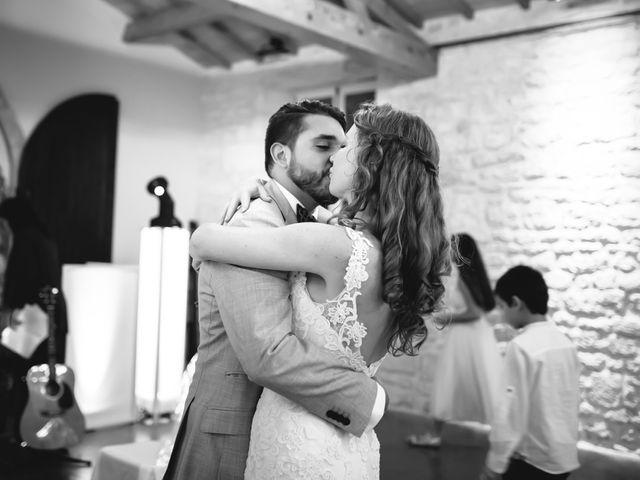 Le mariage de David et Isabel à Marans, Charente Maritime 177