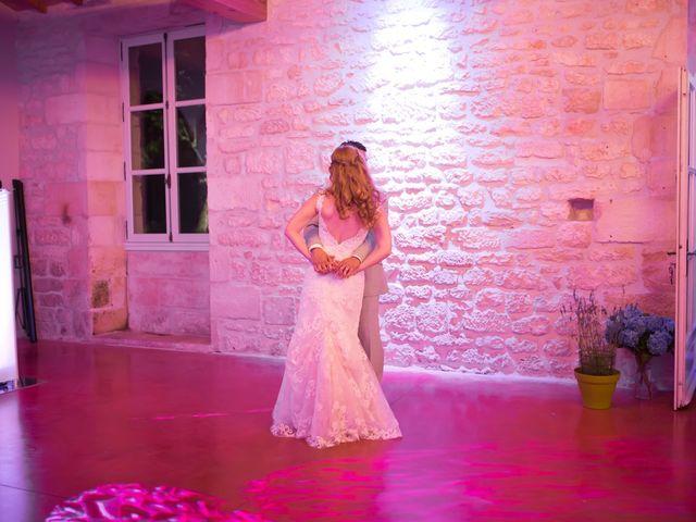 Le mariage de David et Isabel à Marans, Charente Maritime 181