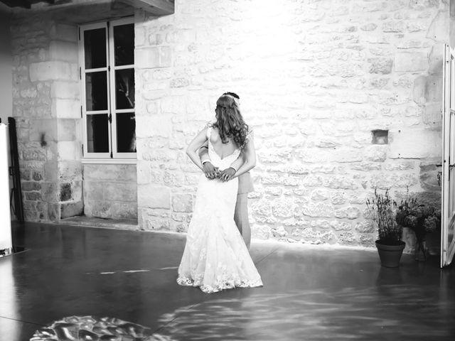 Le mariage de David et Isabel à Marans, Charente Maritime 182