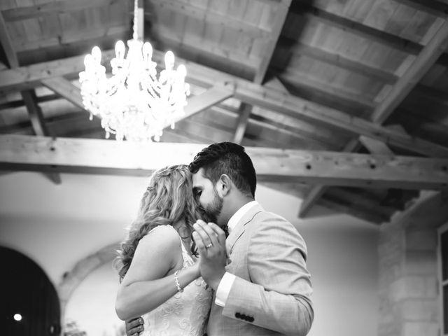 Le mariage de David et Isabel à Marans, Charente Maritime 190