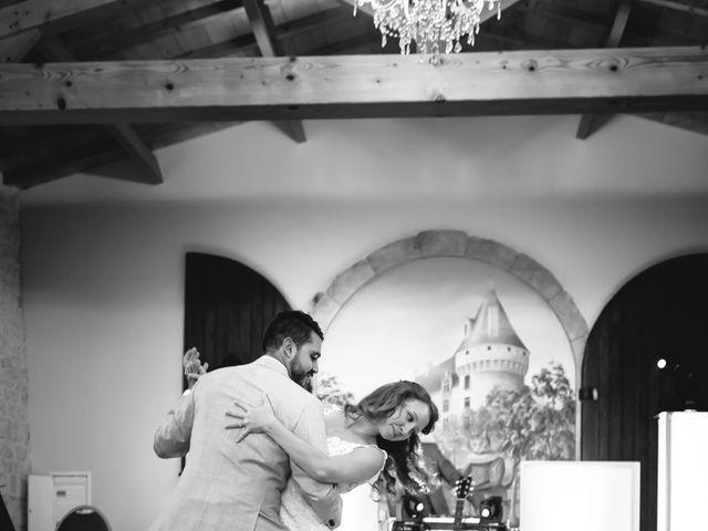 Le mariage de David et Isabel à Marans, Charente Maritime 193