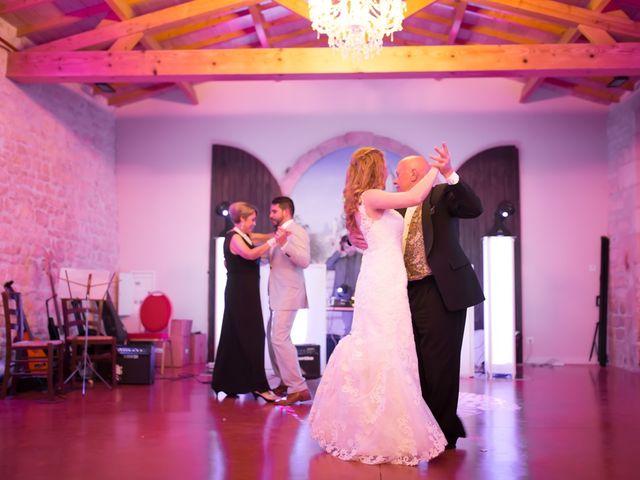 Le mariage de David et Isabel à Marans, Charente Maritime 209