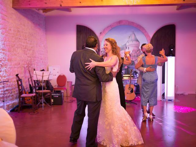 Le mariage de David et Isabel à Marans, Charente Maritime 215
