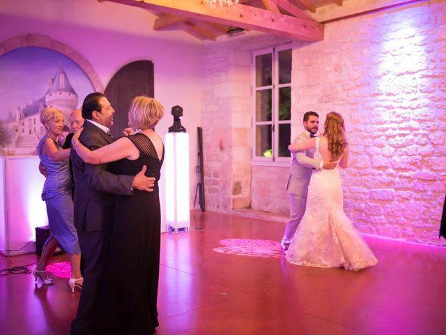Le mariage de David et Isabel à Marans, Charente Maritime 223