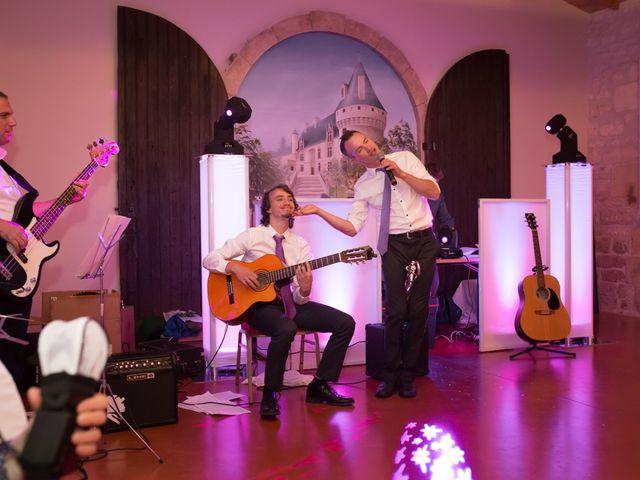 Le mariage de David et Isabel à Marans, Charente Maritime 243